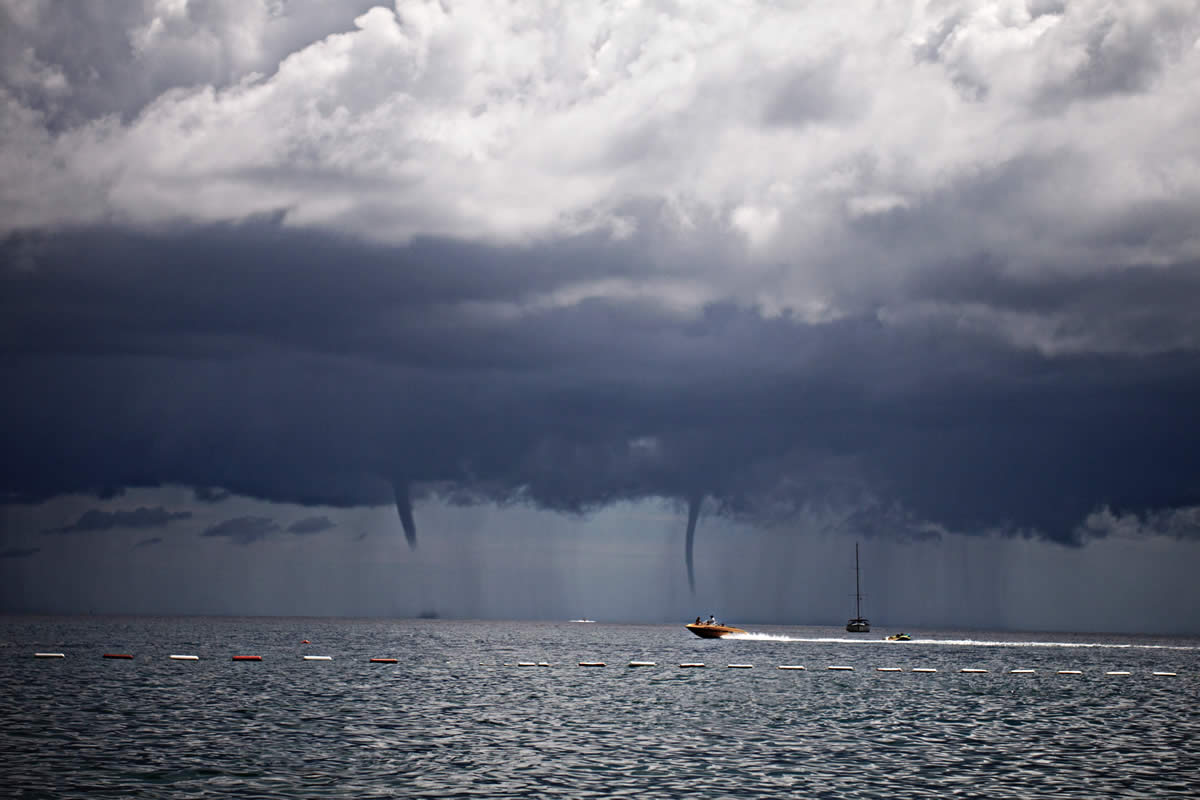 Five ways to protect yourself from Storms while Sailing